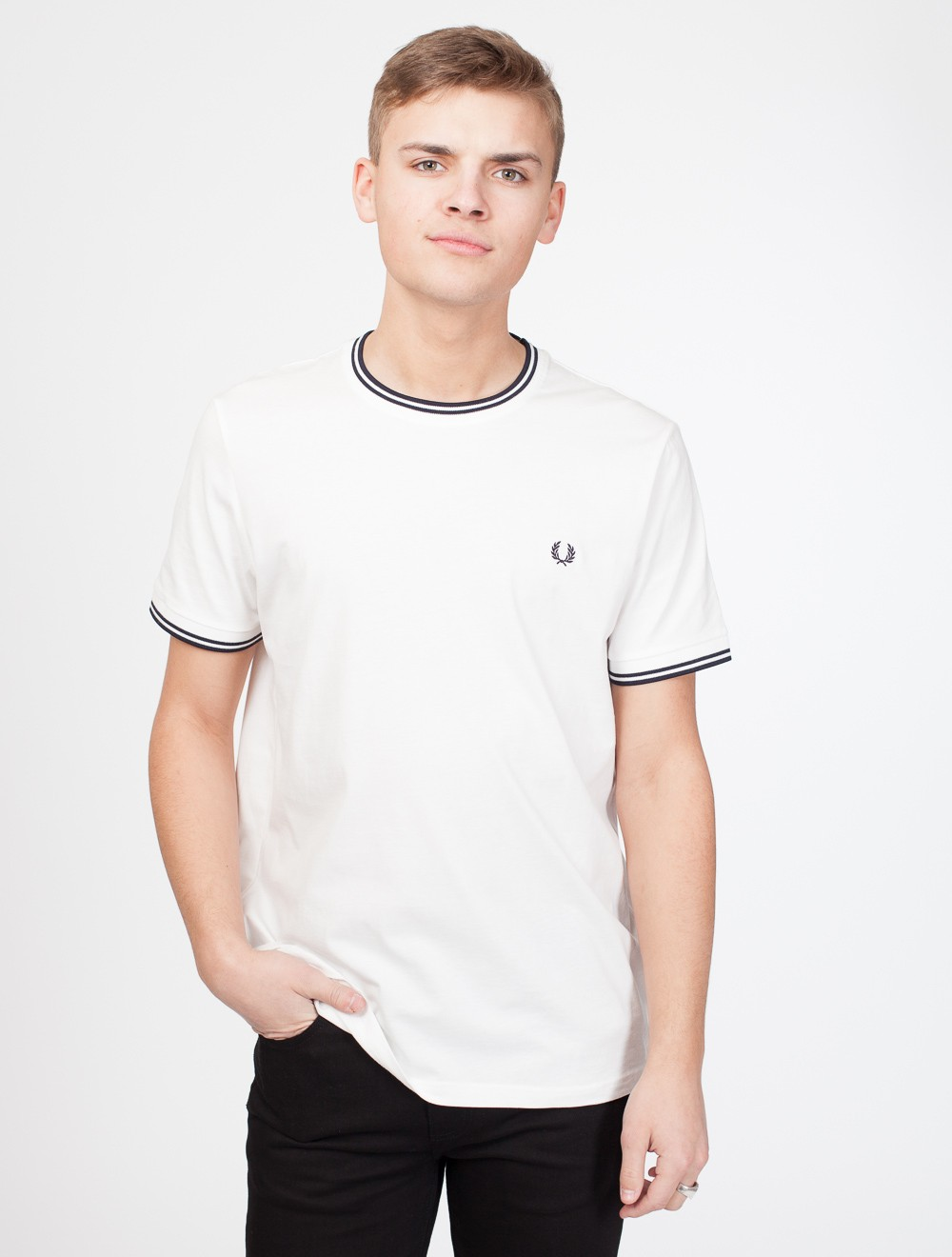 bb87a2602 Fred Perry | Twin Tipped T-Shirt Snow White - T-skjorte
